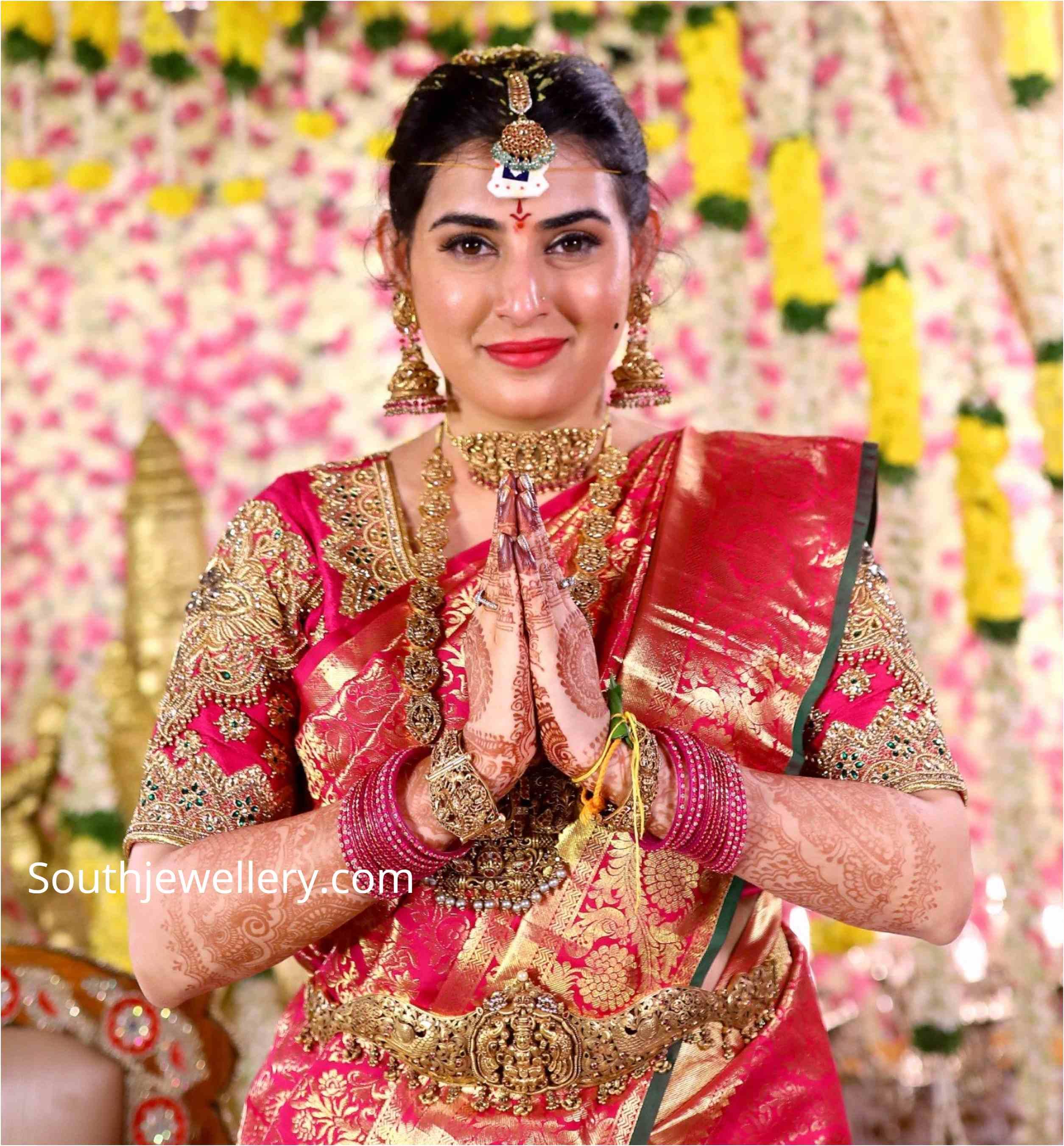 bigg boss ARCHANA SHASTRY wedding jewellery (1)