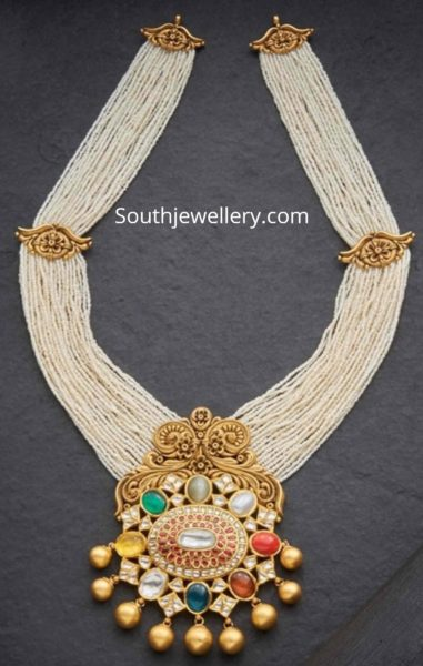 multi string pearl necklace with pendant