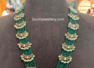 kundan emerald beads haram