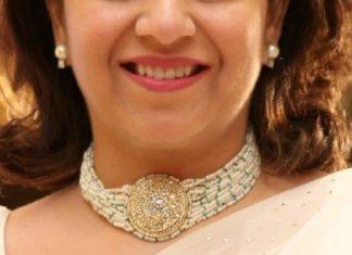multi string pearl choker with polki pendant