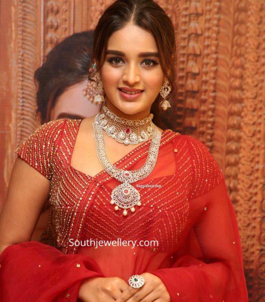 nidhhi agerwal in manepally diamond jewellery