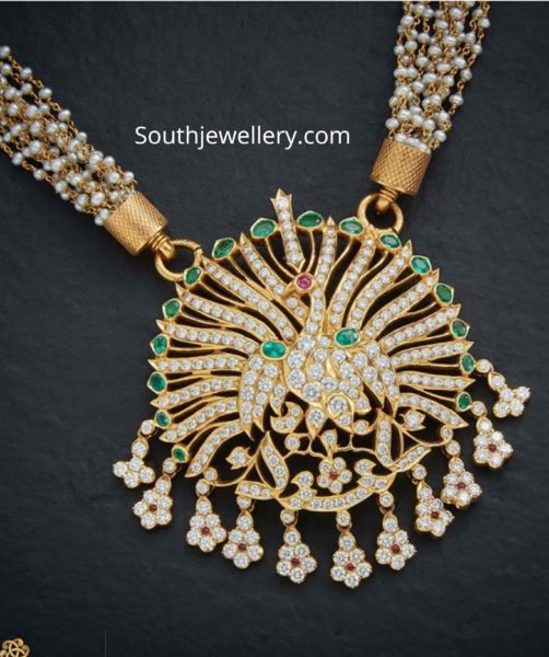 pearl necklace with peacock pendant (1)