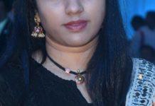 simple black thread necklace with kundan pendant