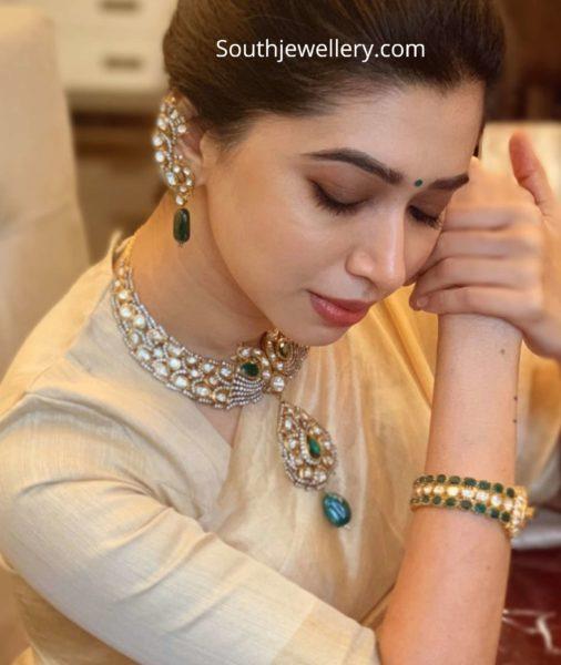 aarti ravi in polki diamond necklace set (1)