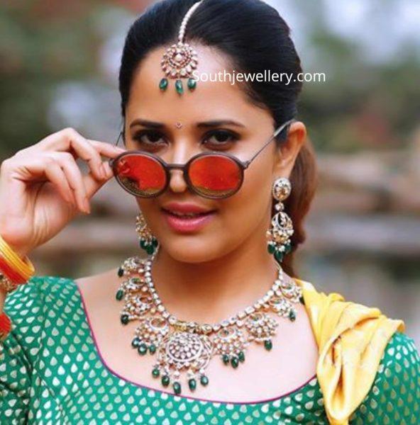 anasuya in kalasha fine jewels (1)