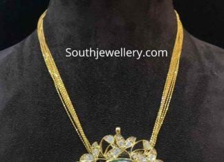 gold chain with polki pendant