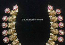 lakshmi kundan bottu necklace