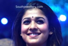 nayanthara in kundan tussi necklace