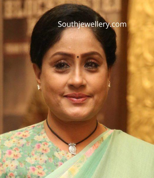 vijayashanti in black thread necklace with silver mango pendant