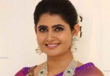 ashima narwal in diamond emerald haram