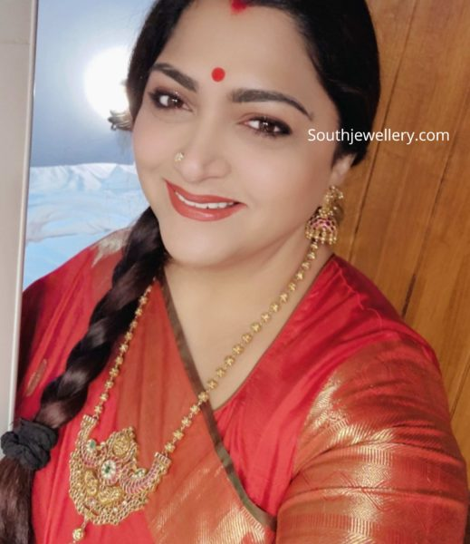 khushbu sundar in gold balls necklace set (1)