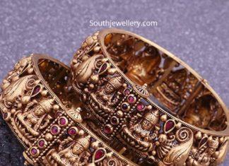 lakshmi gold bangles
