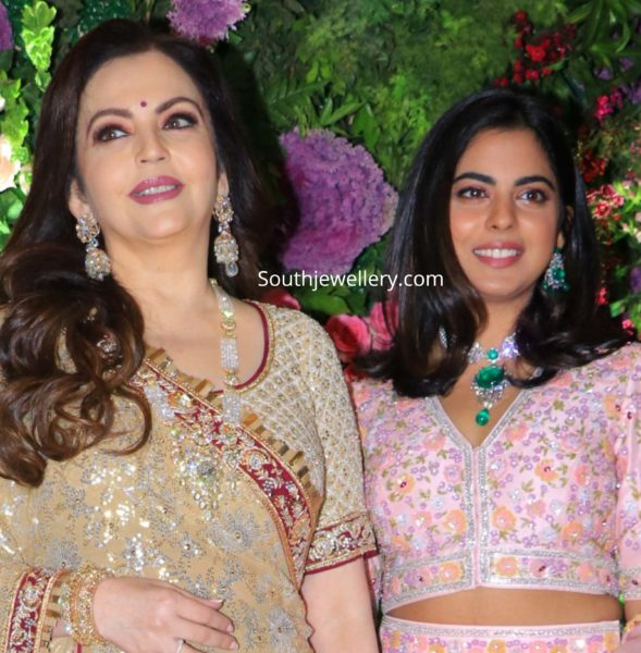 nita and isha ambani in diamond emerald jewellery at armaan jain wedding