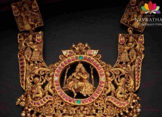 antique gold lord krishna 3d haram (1)
