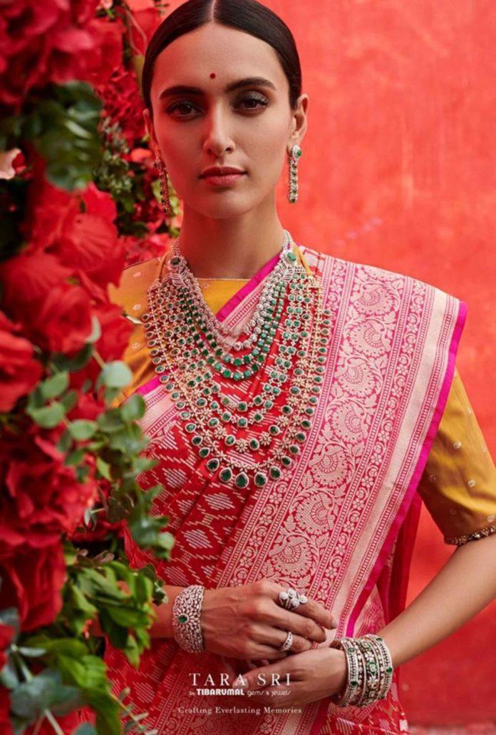 bridal diamond emerald jewellery set
