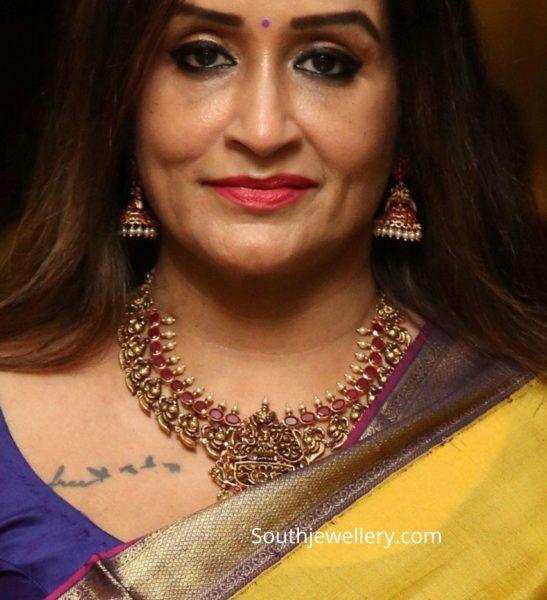 celebrities in temple jewellery