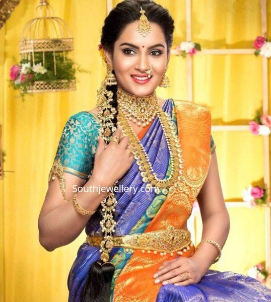 himaja in gold jewellery ad