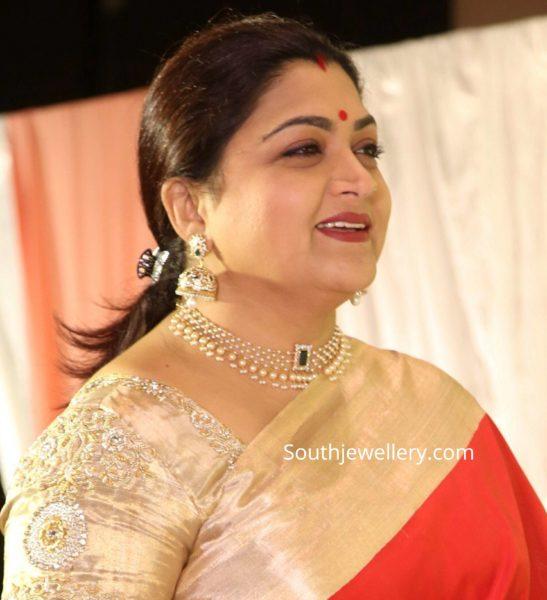 khushbu sundar pearl necklace