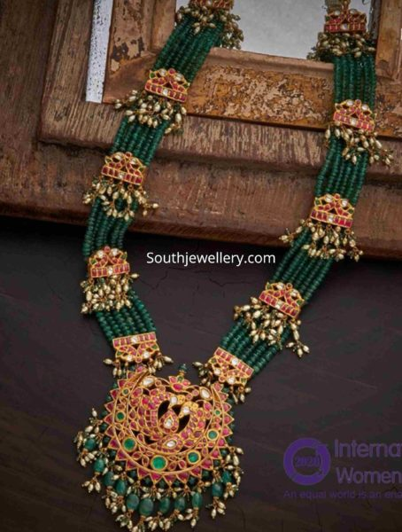 multi string emerald beads haram with ruby pendant