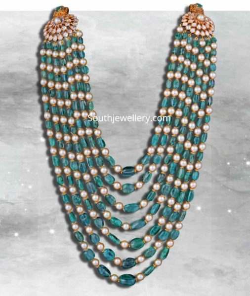 pearl and emerald beads layered necklace
