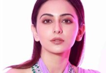 rakul preet singh in diamond emerald step necklace