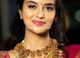 lakshmi necklace and haram