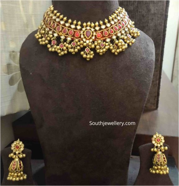 gold tussi choker and jhumkas
