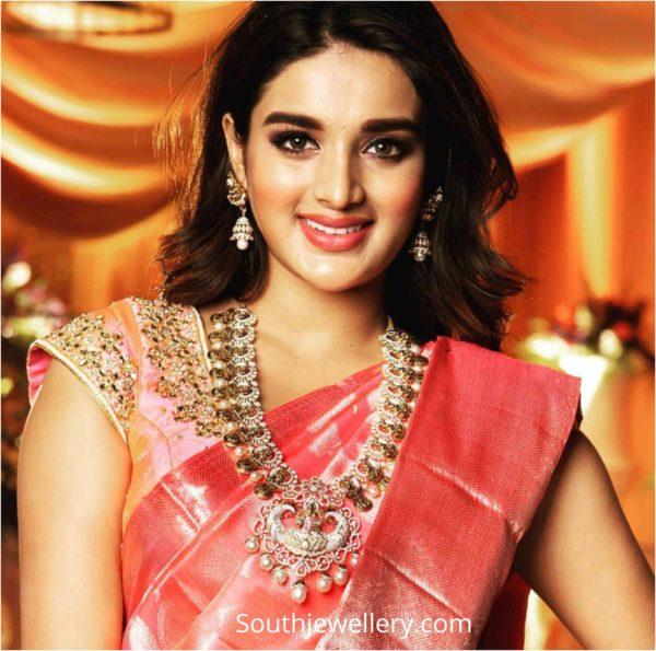 nidhhi agerwal in diamond jewellery (1)