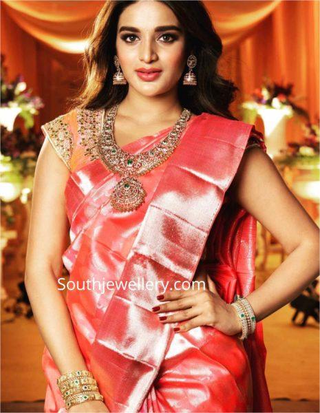 nidhhi agerwal in diamond jewellery