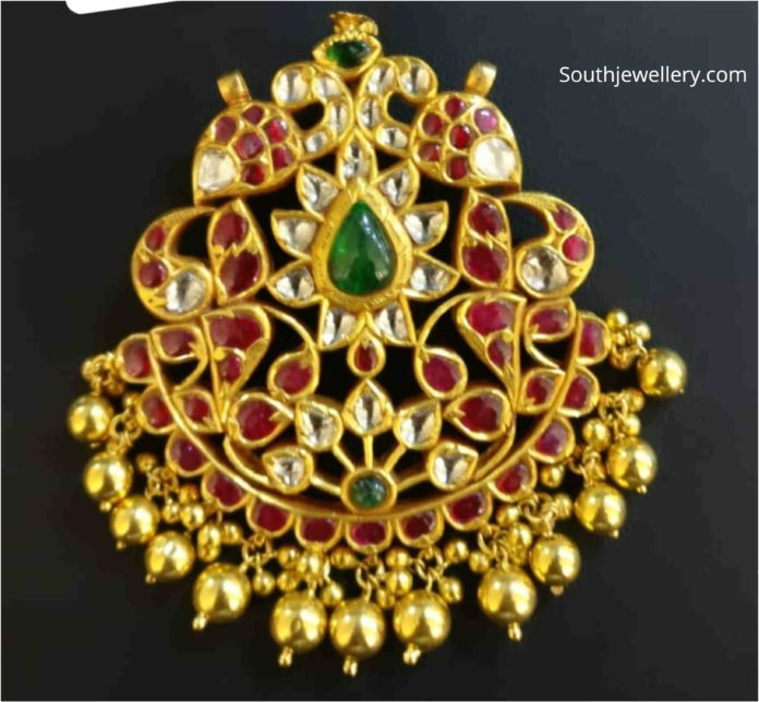 peacock kundan pendant