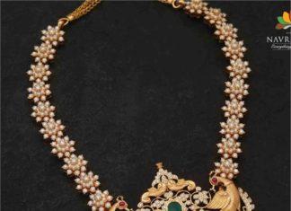 diamond peacock pendant (1)