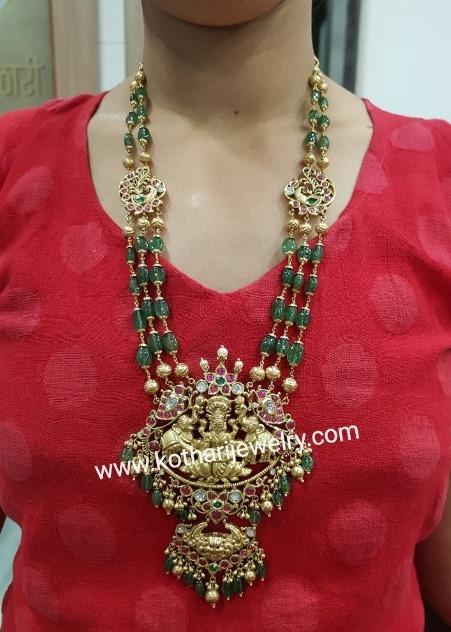 emerald beads necklae with gajalakshmi pendant