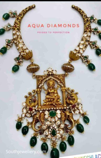 kante necklace with lakshmi pendant