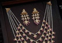 layered pearl panchlada necklace