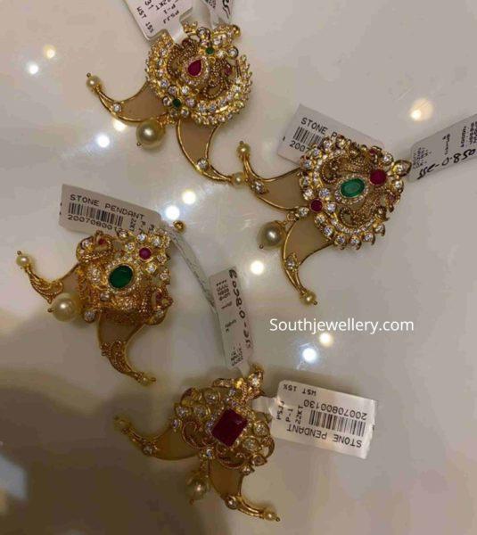 synthetic puligoru pendant