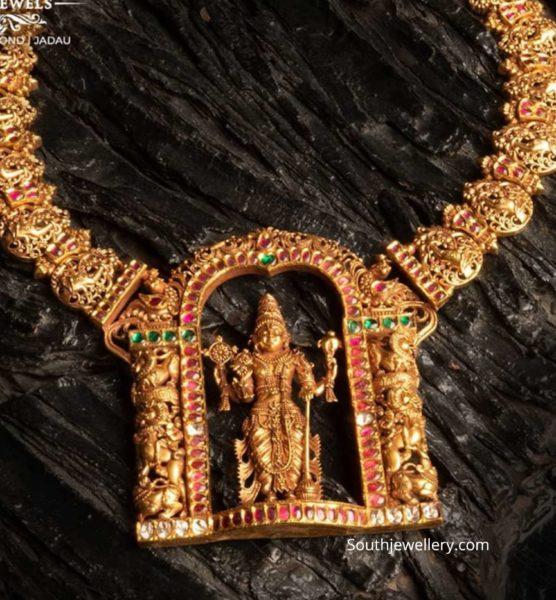 antique gold necklace with venkateswara pendant