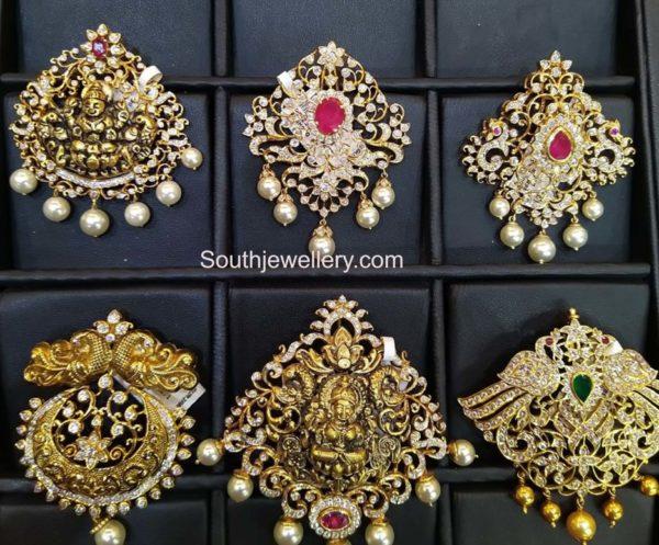 closed setting diamond pendants