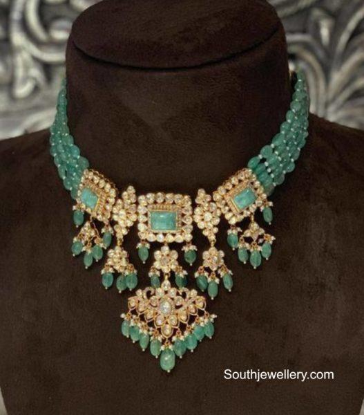 emerald beads choker (1)