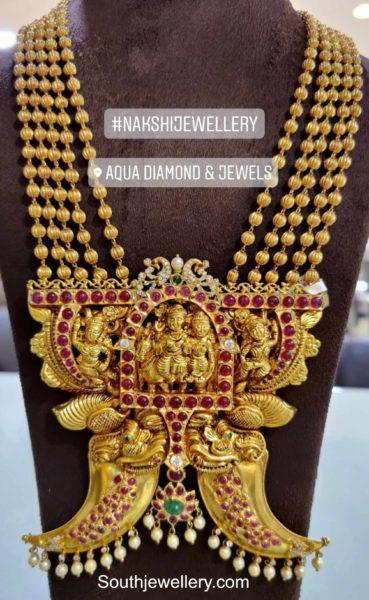 gold balls haram with temple nakshi pendant