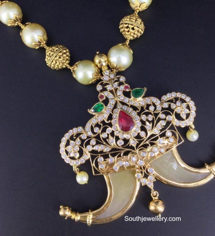 peacock diamond puligoru locket
