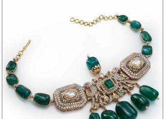 emerald choker with diamond pendant