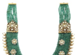 woven emerald beads necklace