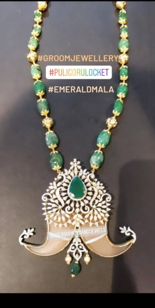 emerald beads necklace with tiger nail pendant