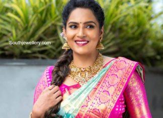 himaja in gold jewellery