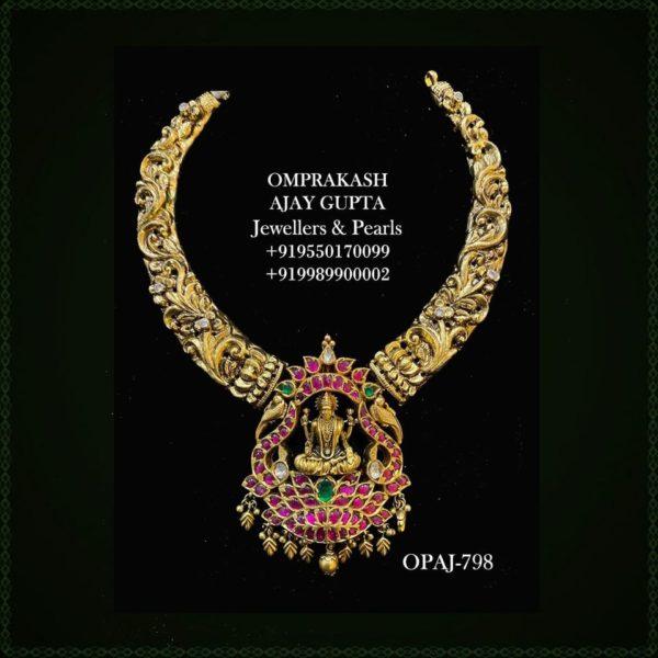 nakshi necklace with lakshmi pendant