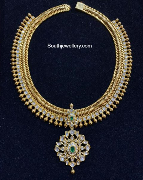 traditional gold links necklace