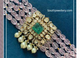 beads choker with polki pendant