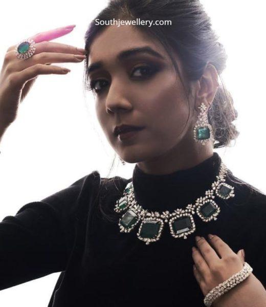 diamond emerald jewellery set by mangatrai (2)