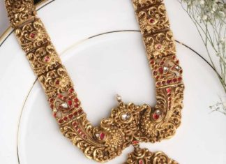 gold necklace (1)
