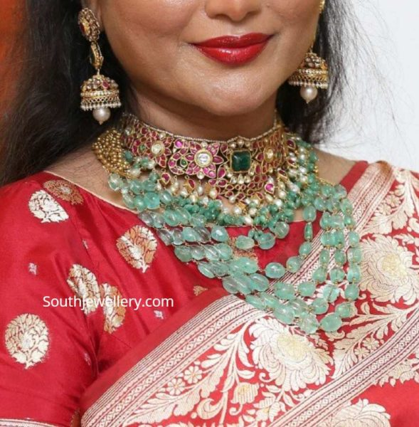 kundan choker set and emerald necklace (1)